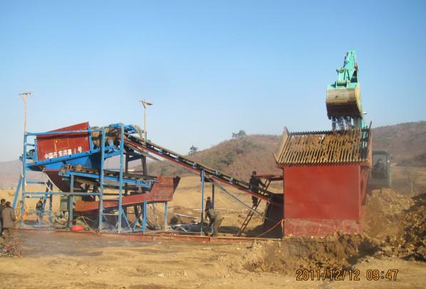 旱地淘金机器勾机上料