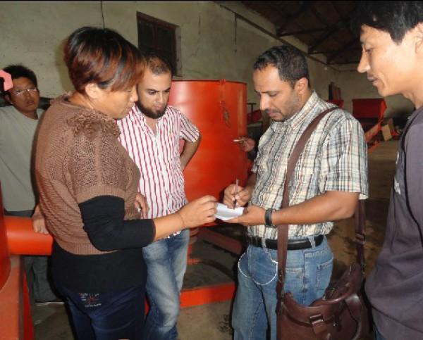 埃及客户来厂定购采金机械
